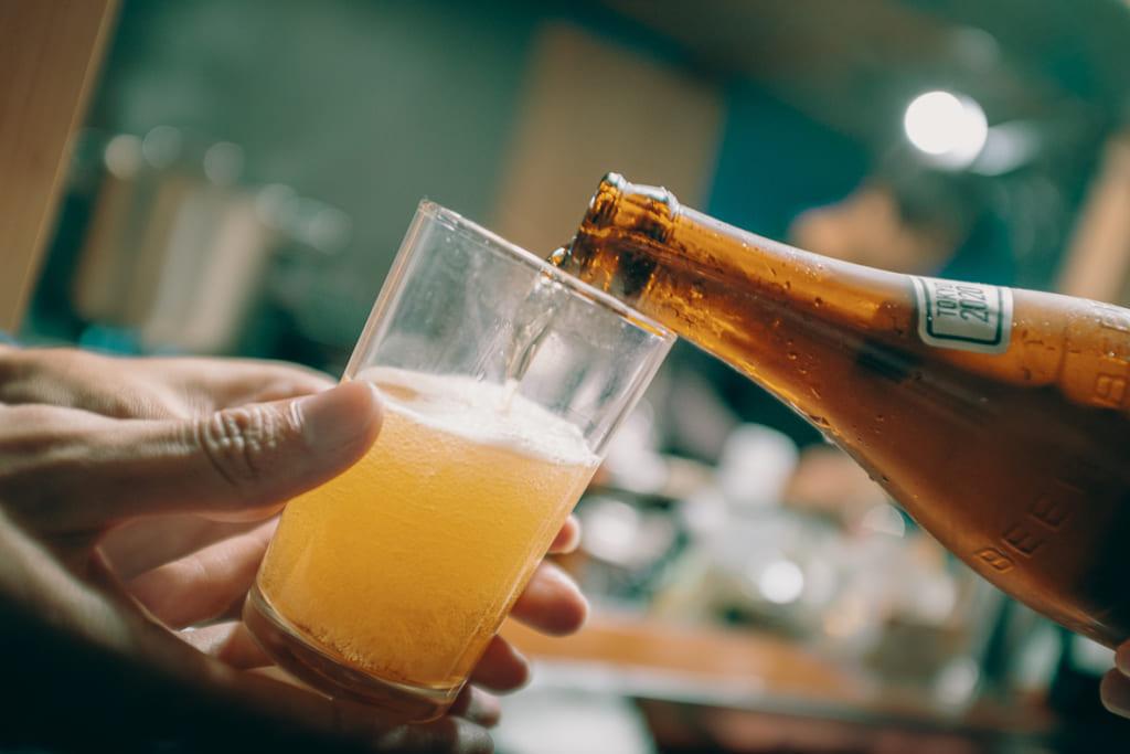 bière artisanale dans le yatai heureux8 à Fukuoka
