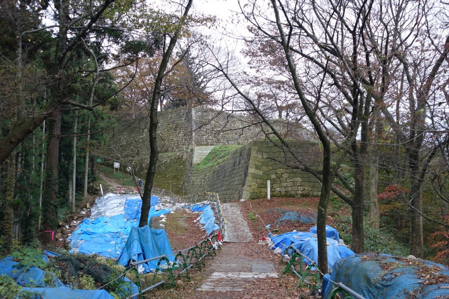 Sentier de randonnée du château de Murakami