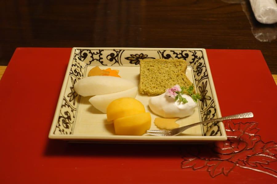 Mon dessert composé de fruits frais