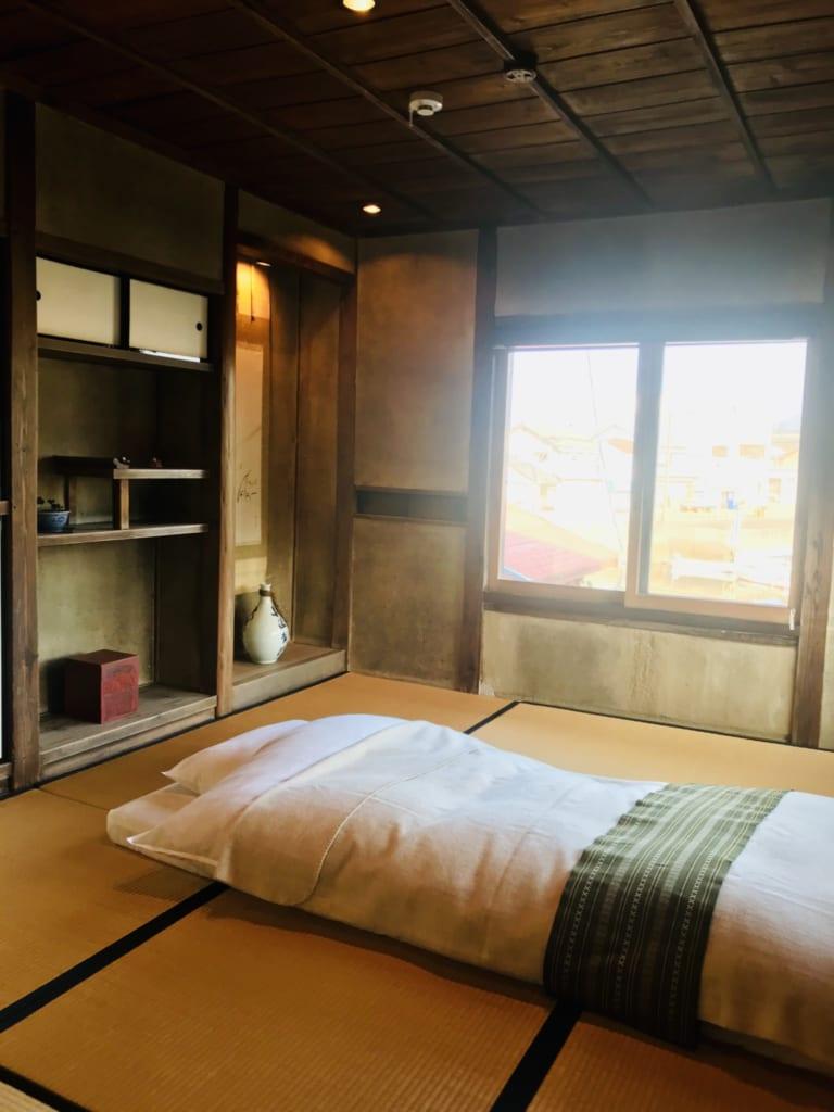 la chambre d'une kominka, maison japonaise traditionnelle