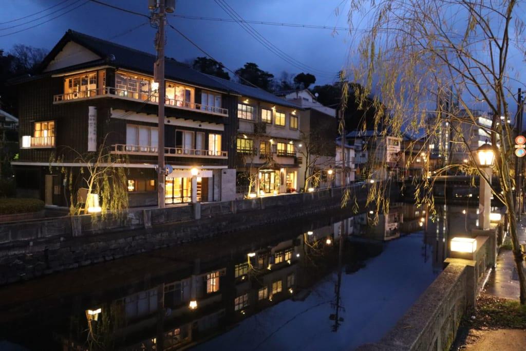 kinosaki onsen de nuit