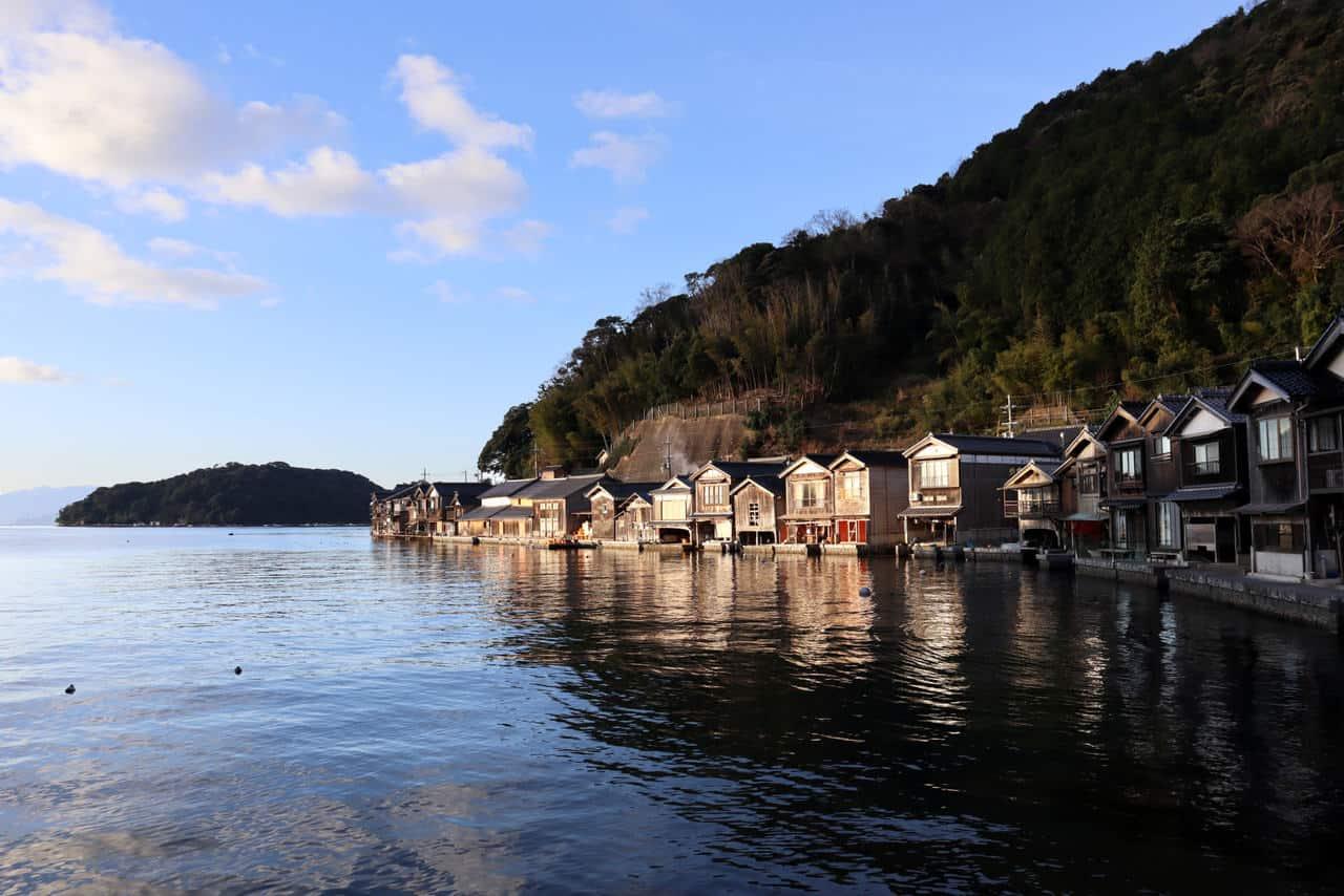 La mer du Japon dans la préfecture de Kyoto: de Tango à Ine Funaya en passant par Amanohashidate