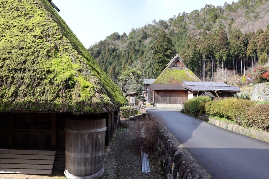 Les rues du village Kayabuki no sato