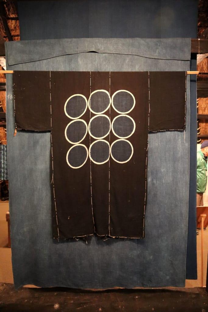 A l'intérieur du musée de l'indigo de kayabuki no sato