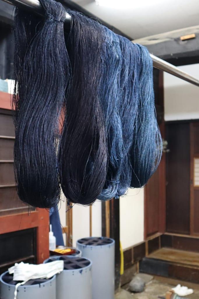Du textile teinté à l'indigo