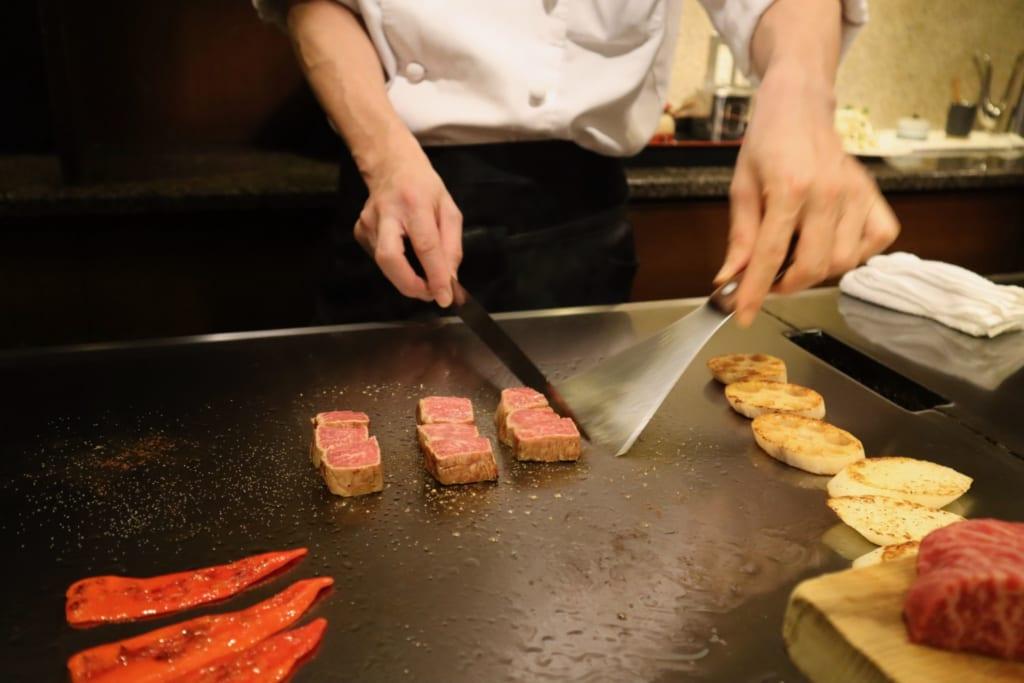 Boeuf de Kobe cuisiné devant vous