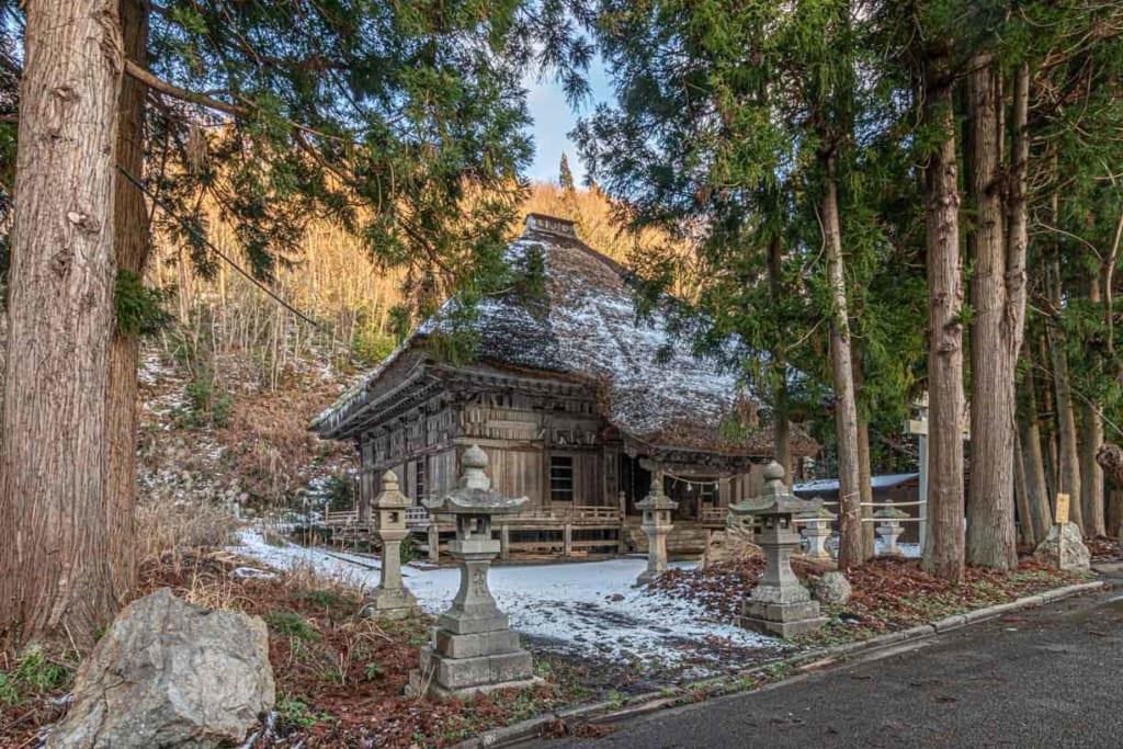 Dainichido temple ensemble