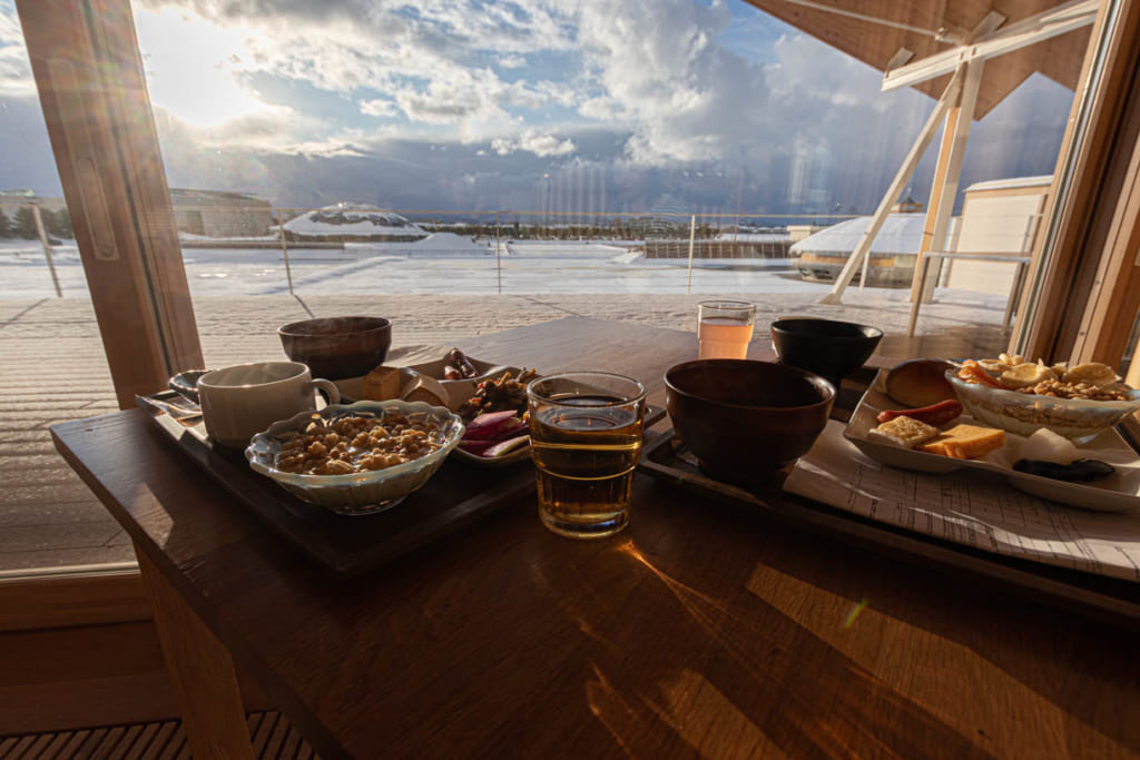 Petit déjeuné de l'hotel Suiden Terrasse, sur les côtes de la mer du Japon