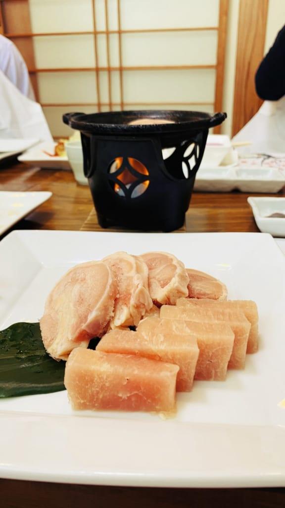 morceaux de poulets à faire cuire au dessus du grill personnel