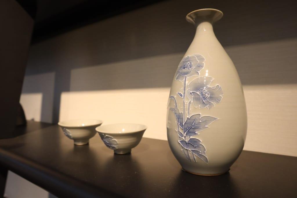 Pièces historiques de céramiques de Tobe exposées au musée