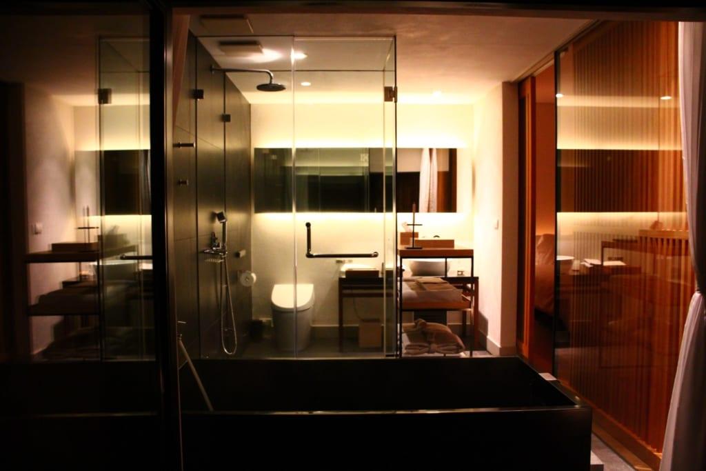 Salle de bain de notre chambre au TOBE Auberge Resort
