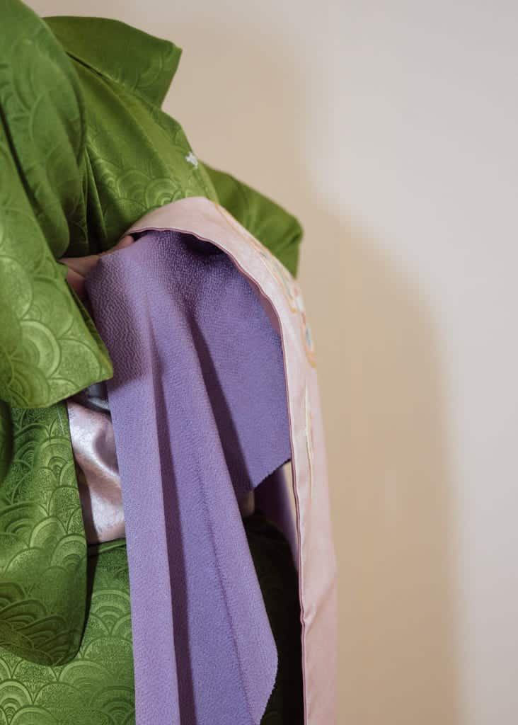 l'obiage cache le coussin obi-makura pour conserver un aspect esthétique du kimono