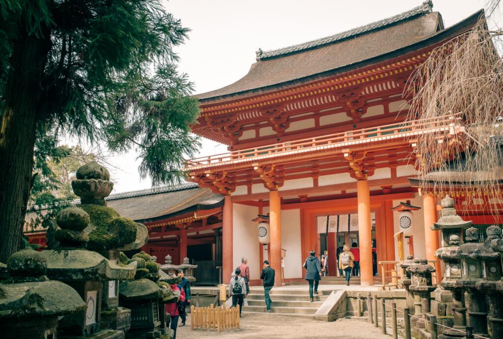 Le sanctuaire Kasuga Taisha dans le parc de Nara