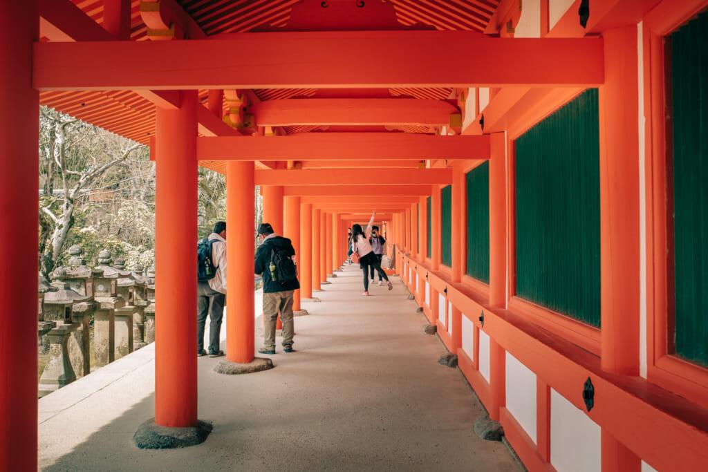 Sanctuaire Kasuga taisha à l'architecture traditionnelle