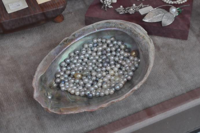 perles naturelles près pêchées à Ise-Shima
