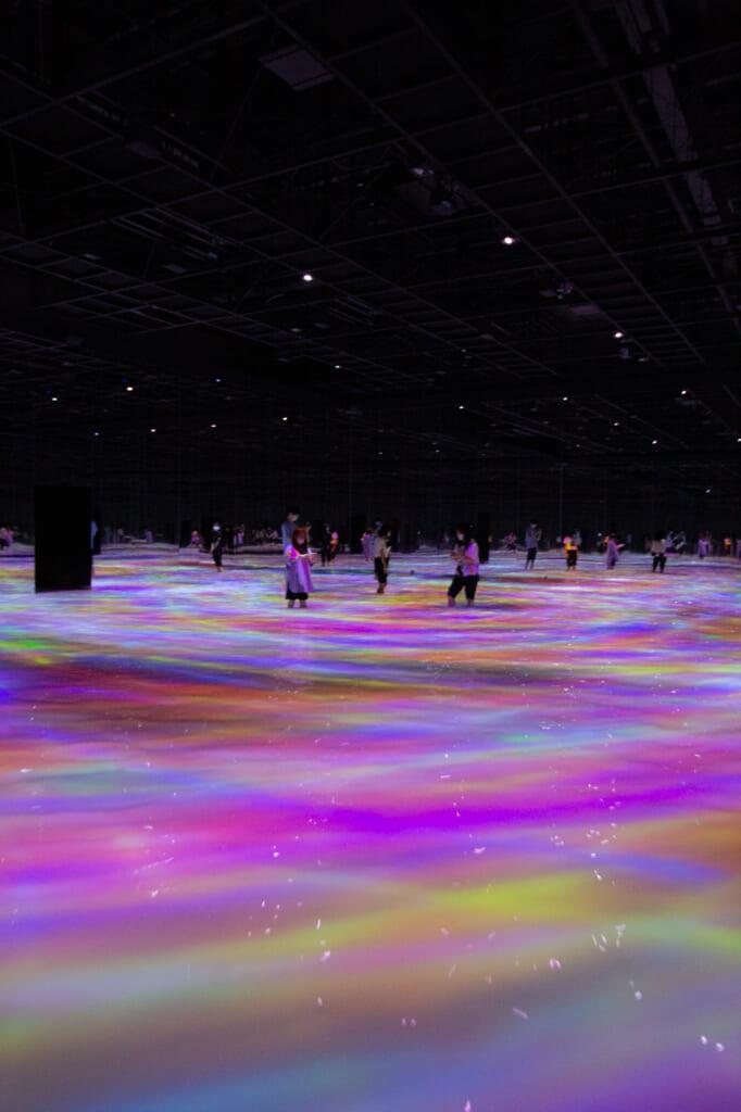 les carpes digitales se transforment en lignes de couleur