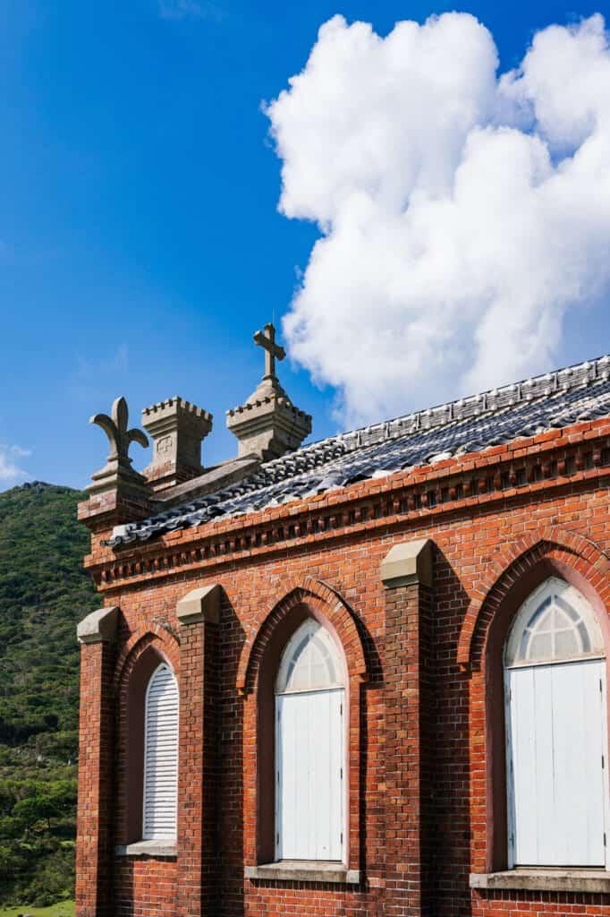 Le toît de l'ancienne église de Nokubi