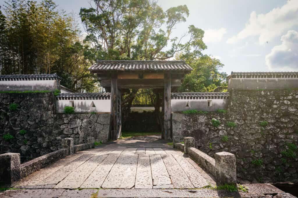 Portes du château d'Ishida, îles de Goto