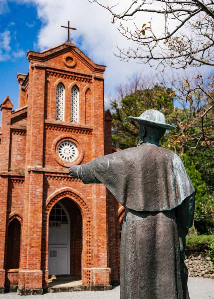 Vue de l'église de Dozaki, îles de Goto
