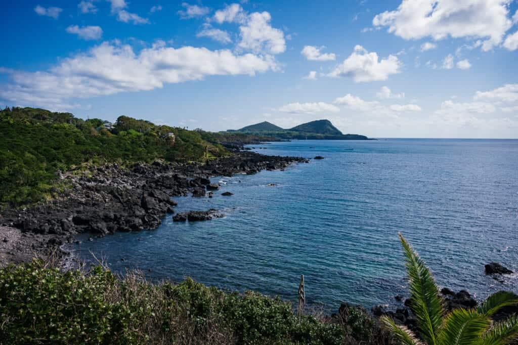 Côte de l'île de Goto vue du centre d'Abunze