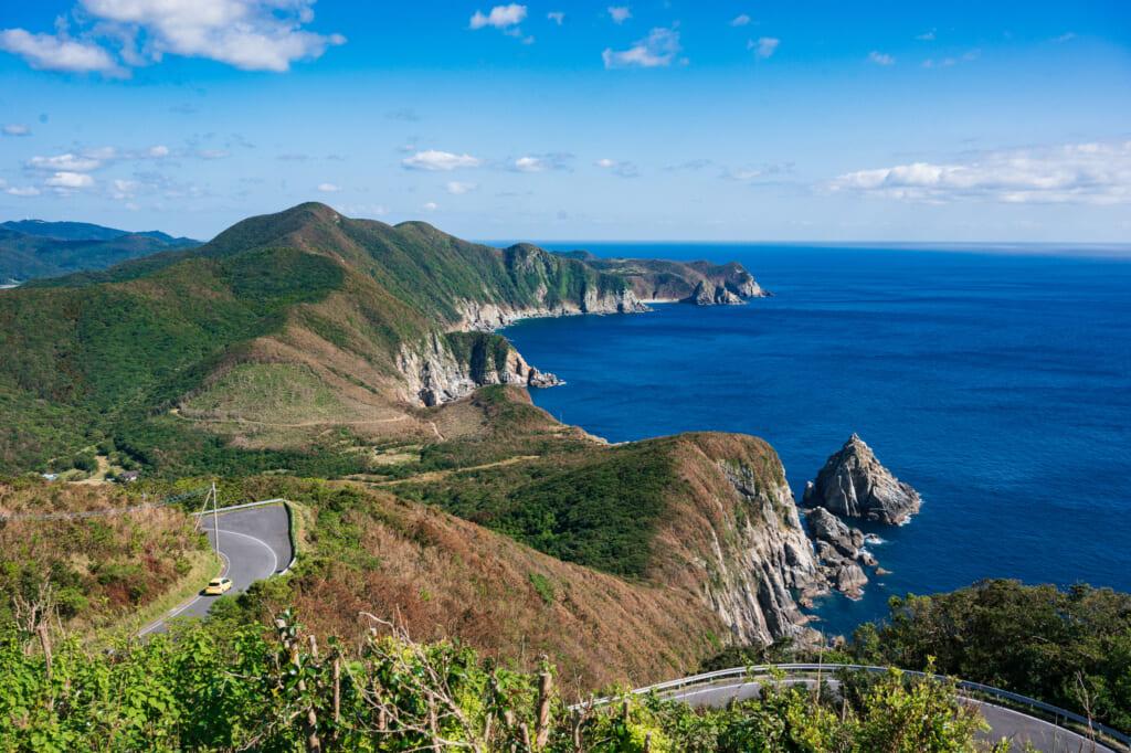 Les îles Goto vues depuis le point d'observation du phare Osezaki