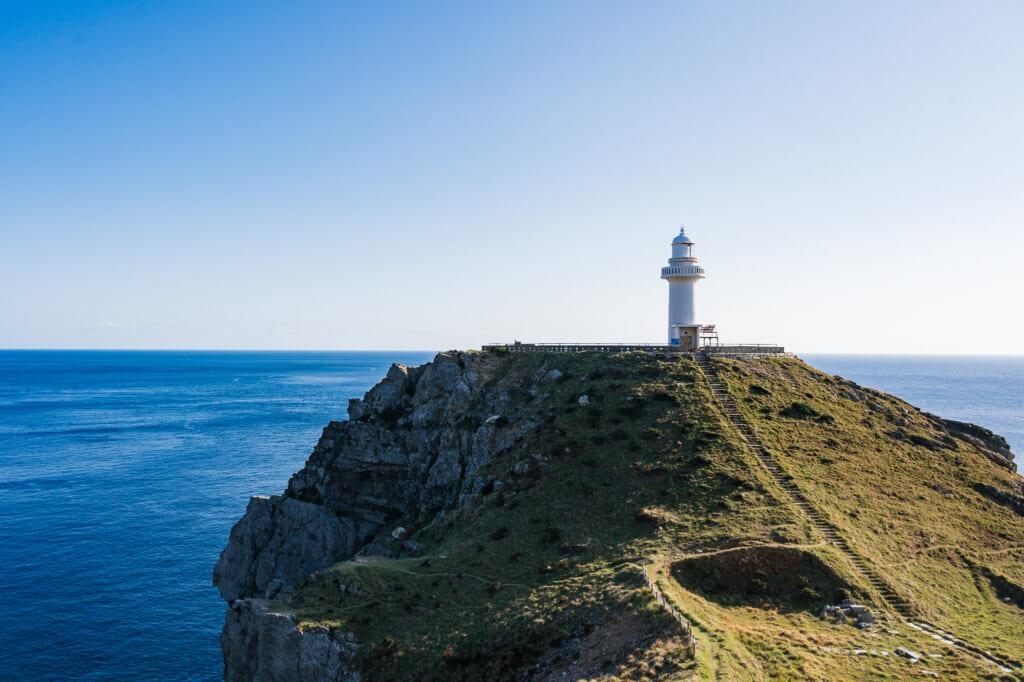 Le phare d'Osezkai sur les îles Goto