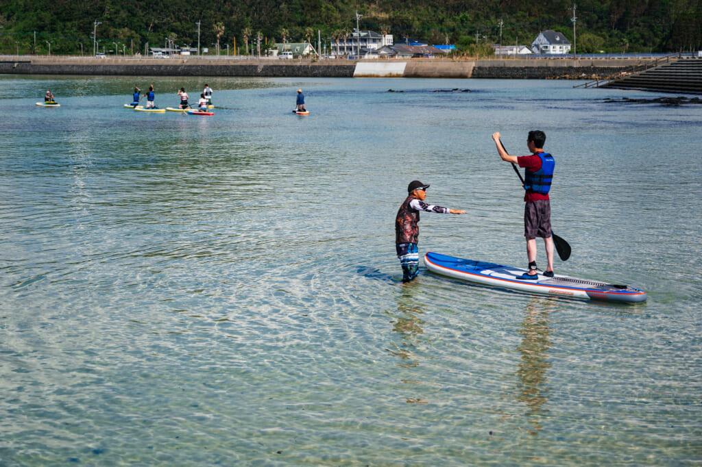 leçon de sup (stand up paddle) au Japon