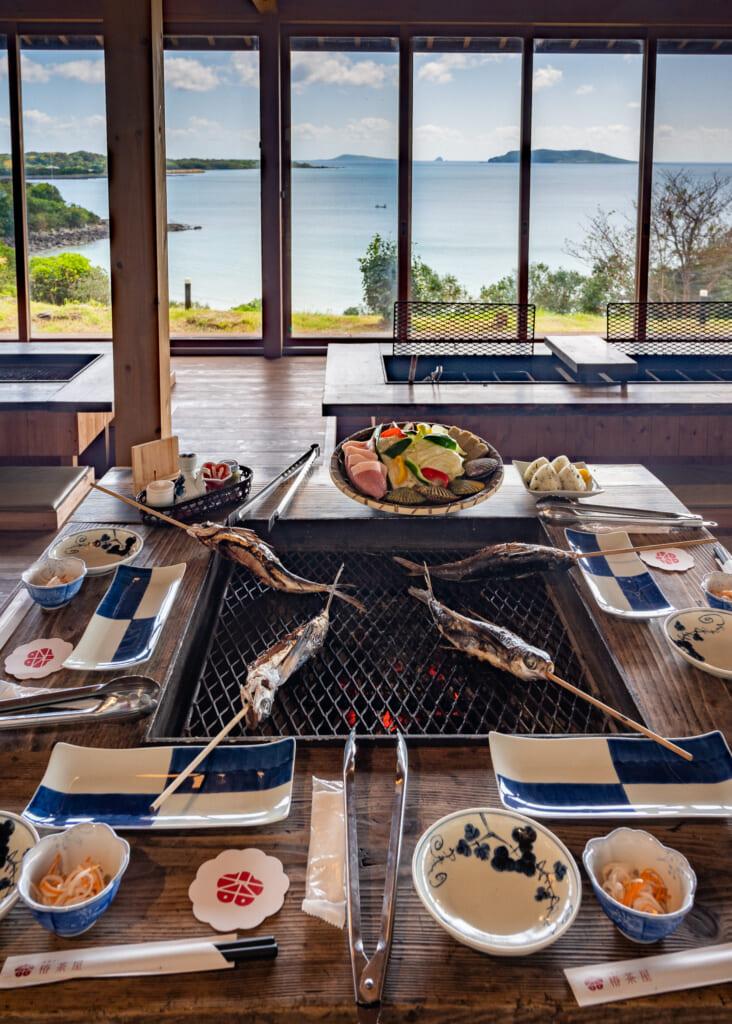 Déjeuner à tsubaki chaya, un restaurant sur l'île de Fukue