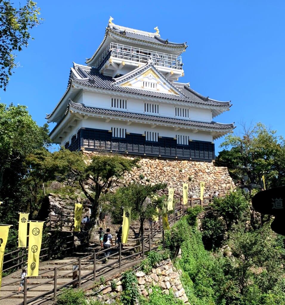 Le château de Gifu, témoin des traditions du Japon d'autrefois
