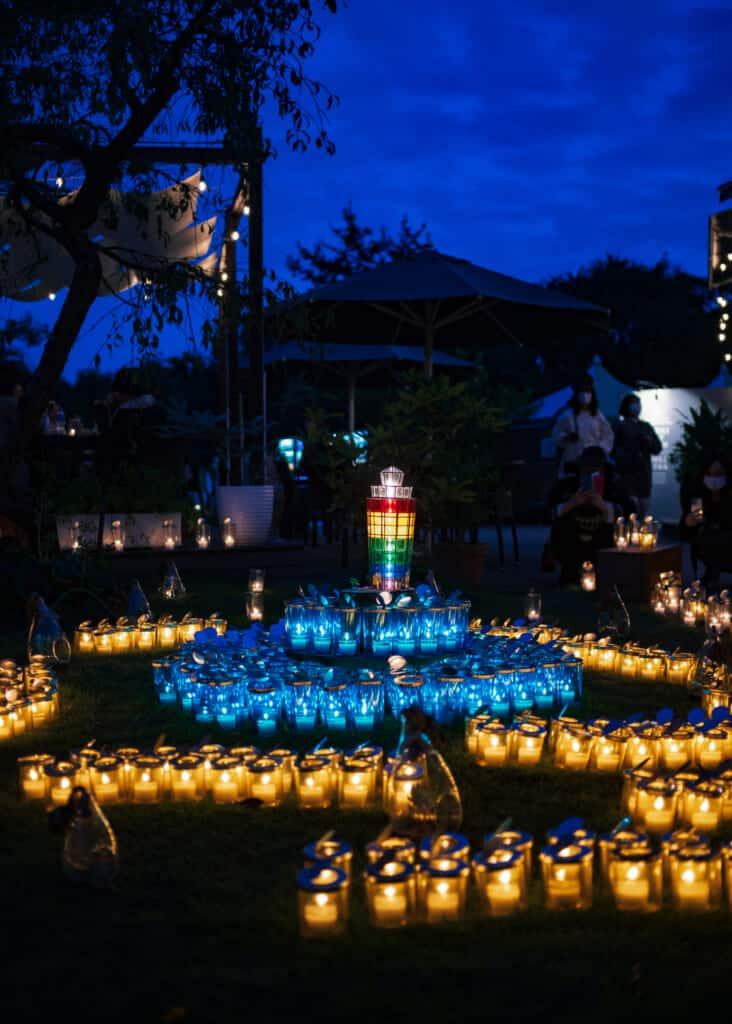 bougies dans le jardin d'enoshima
