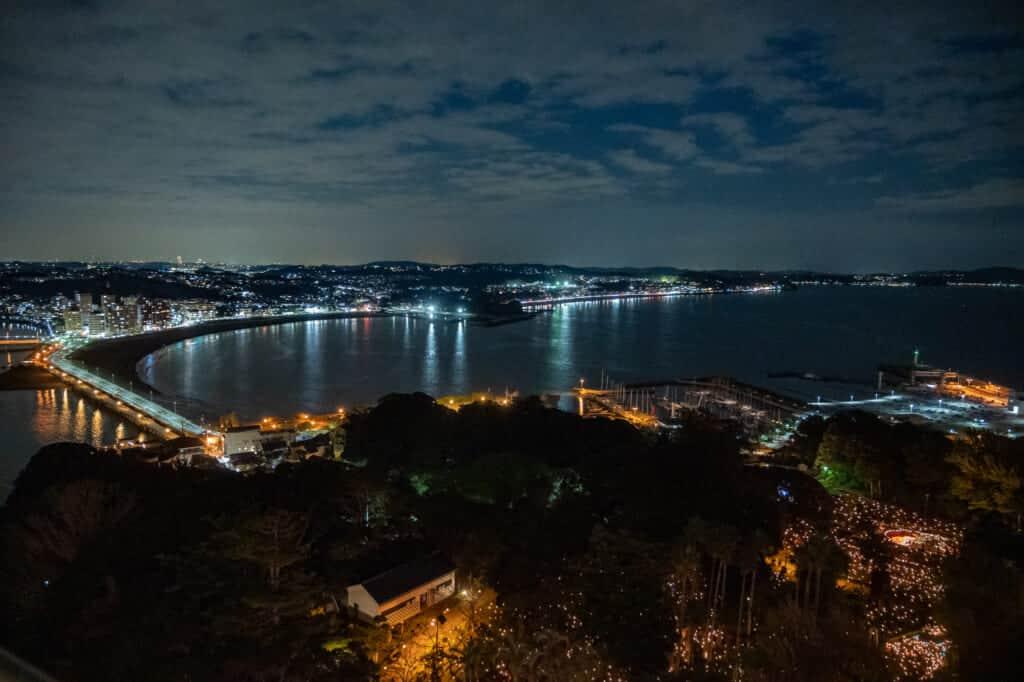 Vue depuis le phare d'Enoshima