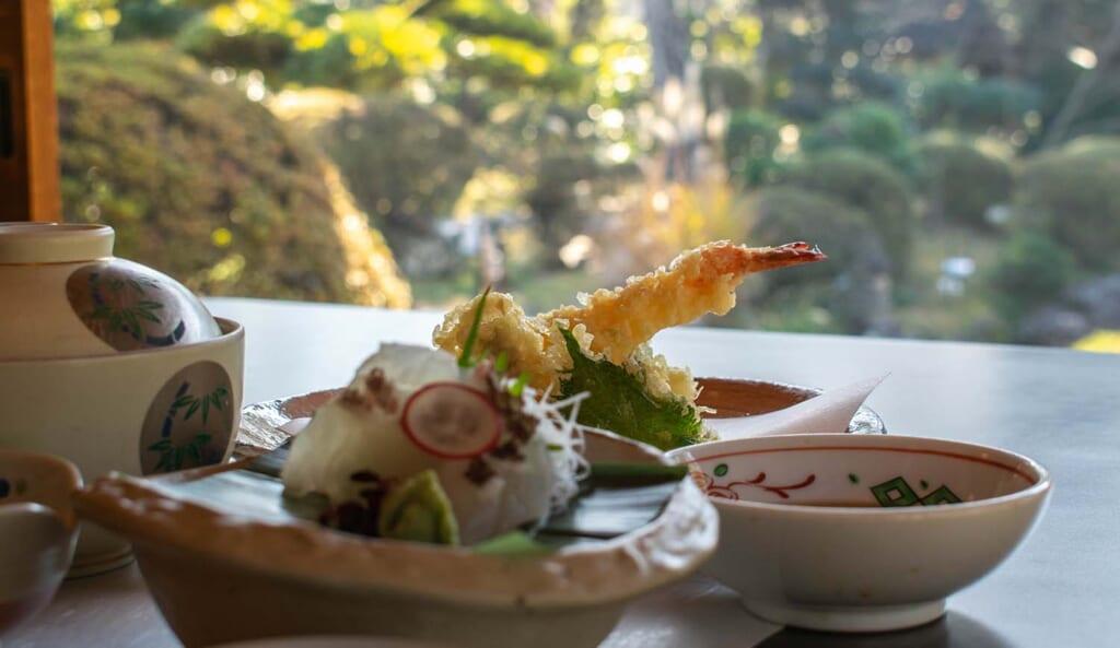 Tempura de crevettes au restaurant
