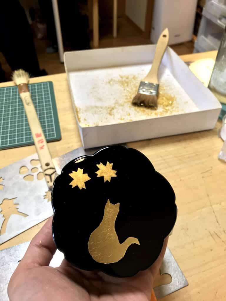 Le résultat final de l'atelier de feuilles d'or