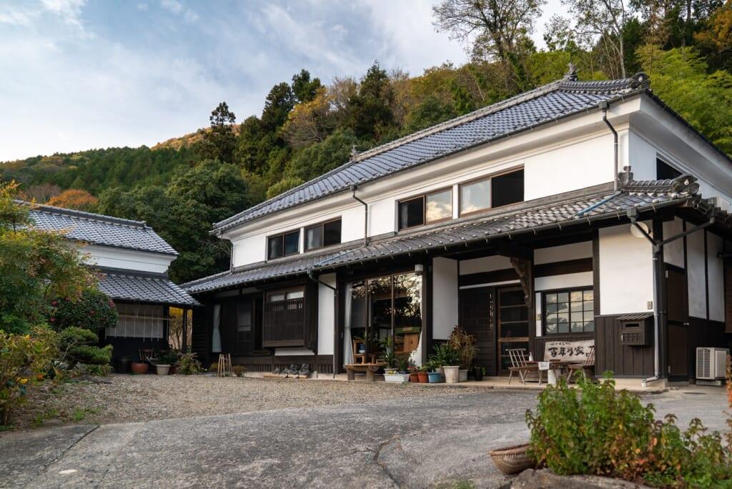 ferme familiale japonaise dans laquelle on peut séjourner