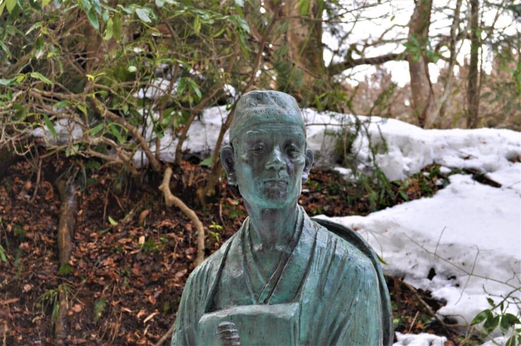 Statue de Matsuo Bashô au Chûson-ji