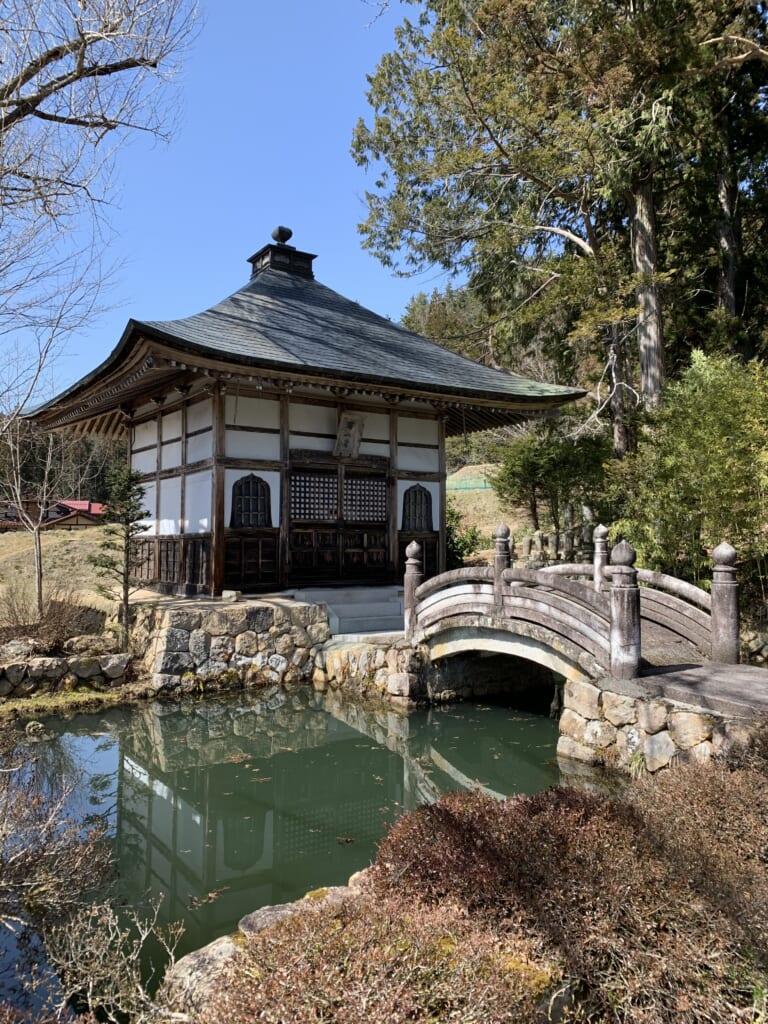temple bouddhiste zen au Japon