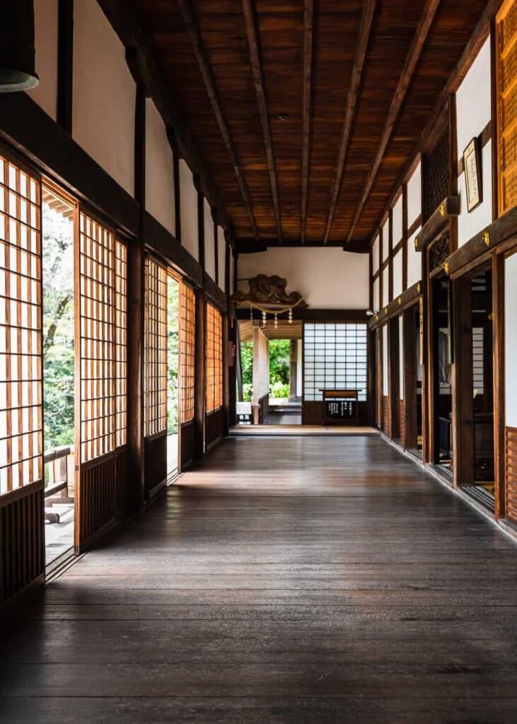 Couloir au Temple Ryotan-ji