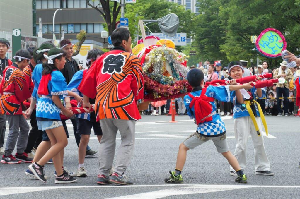 Kobe Samba festival - costumes de matsuri