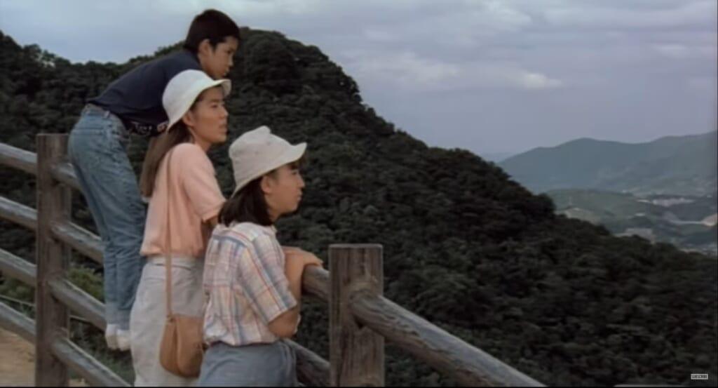 Rapsodie en août - les petits-enfants de Kane découvrant l'histoire tragique de Nagasaki