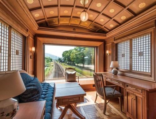 Habitación en tren de lujo en Japón