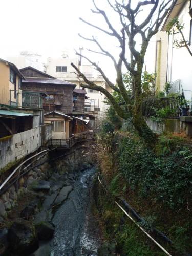Riachuelo en Atami, Shizuoka.