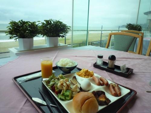 Desayuno en el ryokan Taikanso Senami no yu.