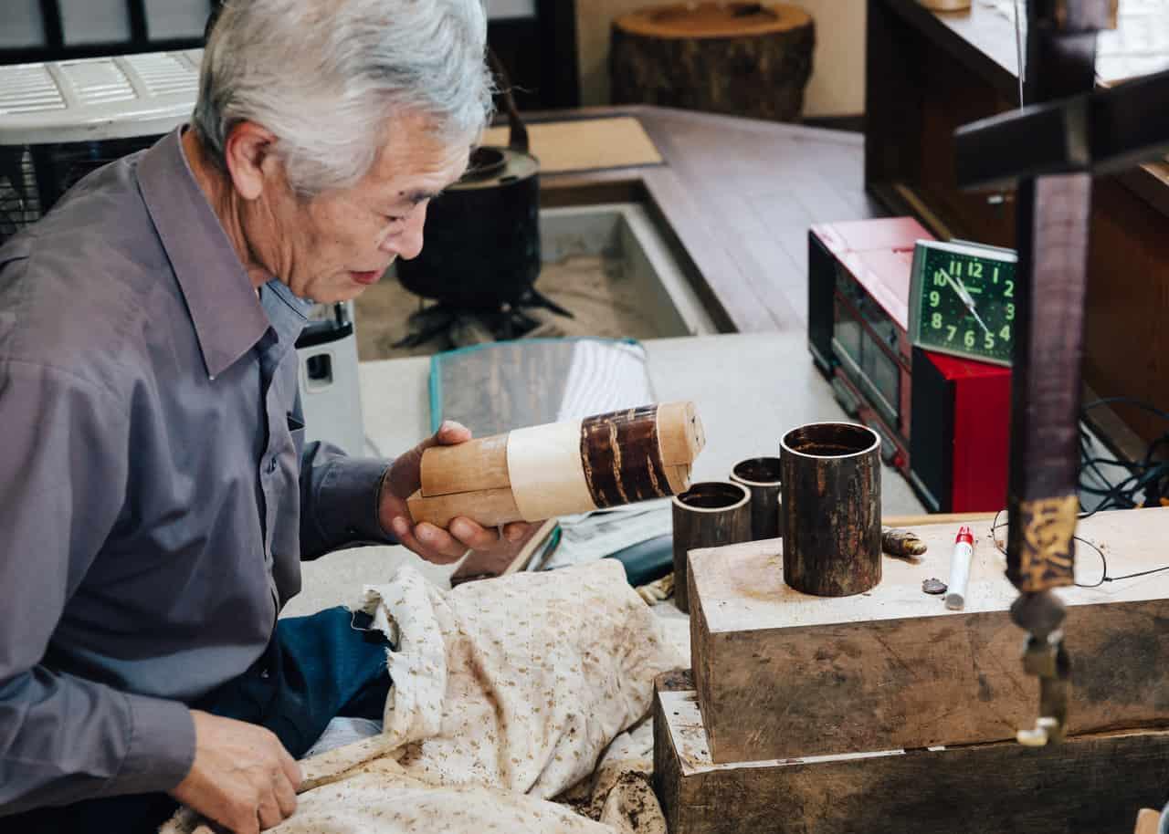 Suzuki-san trabajando haciendo kabazaiku
