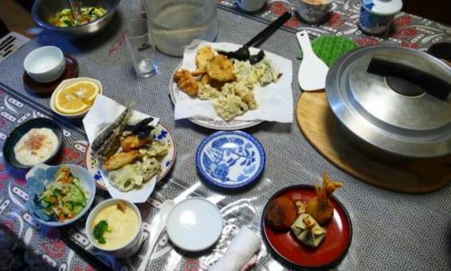 Comida tradicional japonesa en Kitsuki, Nakayamaga, isla de Kyushu, Japón