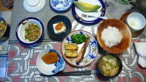 Comida tradicional en Kitsuki, Nakayamaga, isla de Kyushu, Japón
