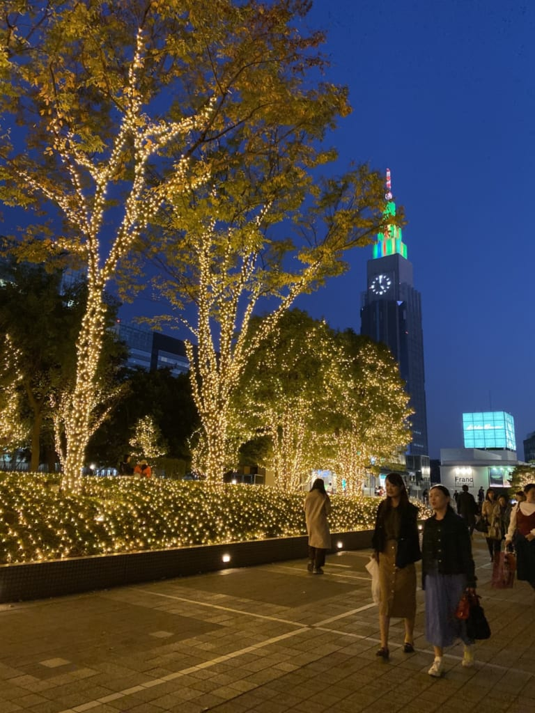 Luces en Shinjuku, Tokio, Japón
