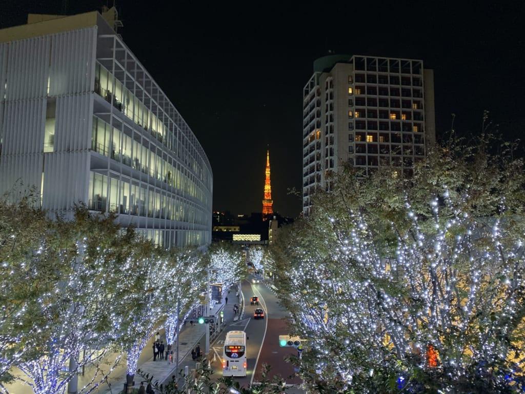 Luces en Roppongi, Tokio, Japón