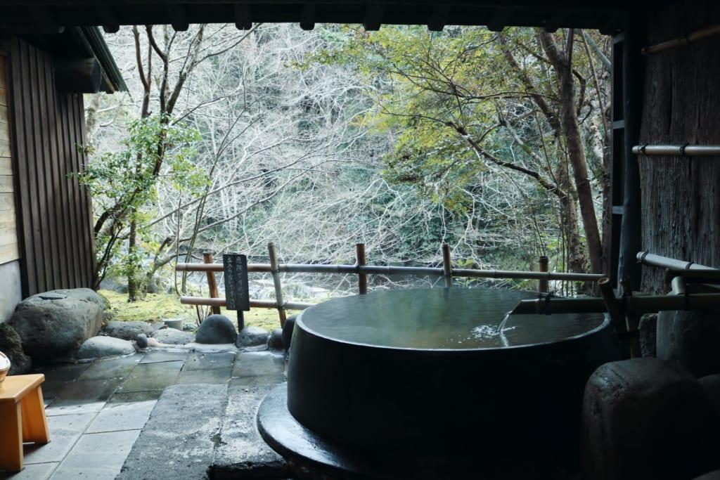 rotenburo del ryokan Tensui en Yofuin