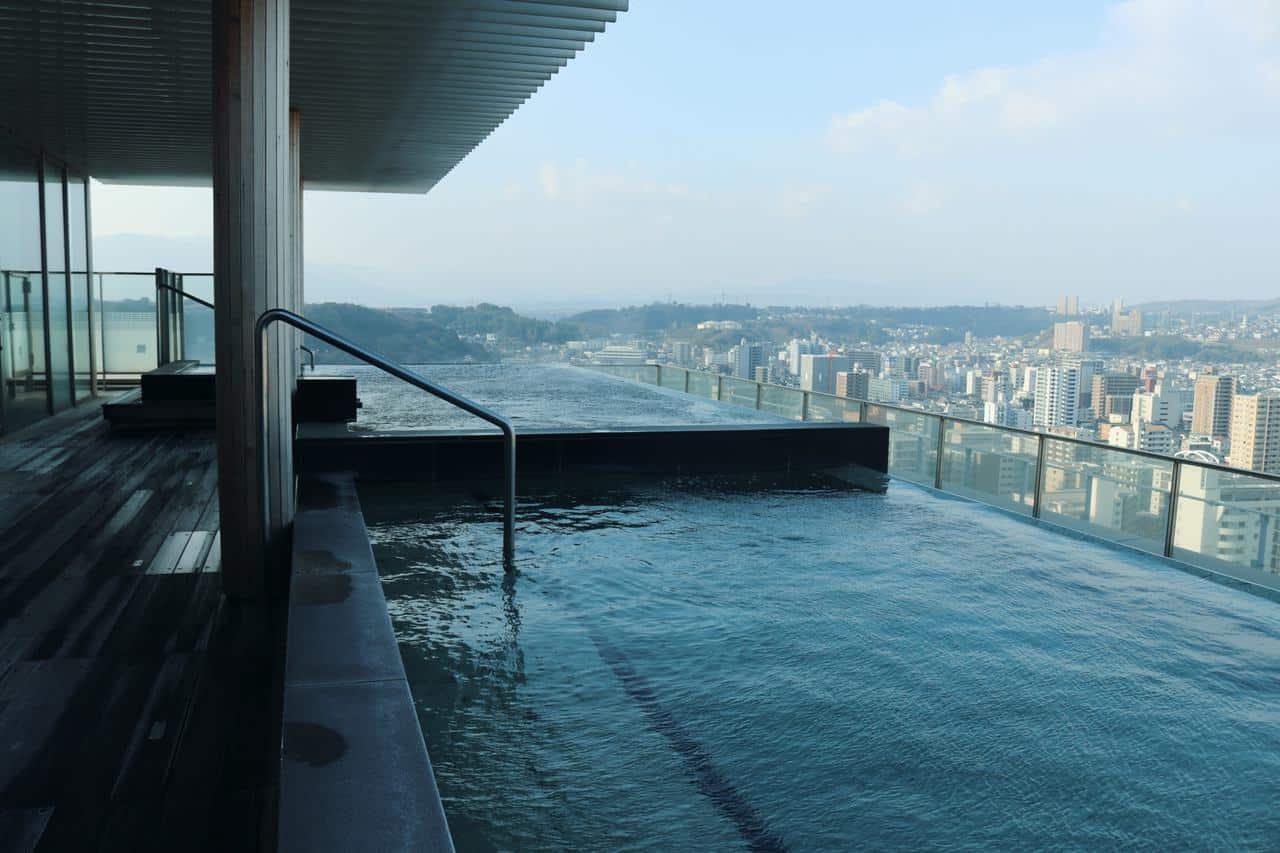 Disfrutando de un spa japonés en Oita, Japón