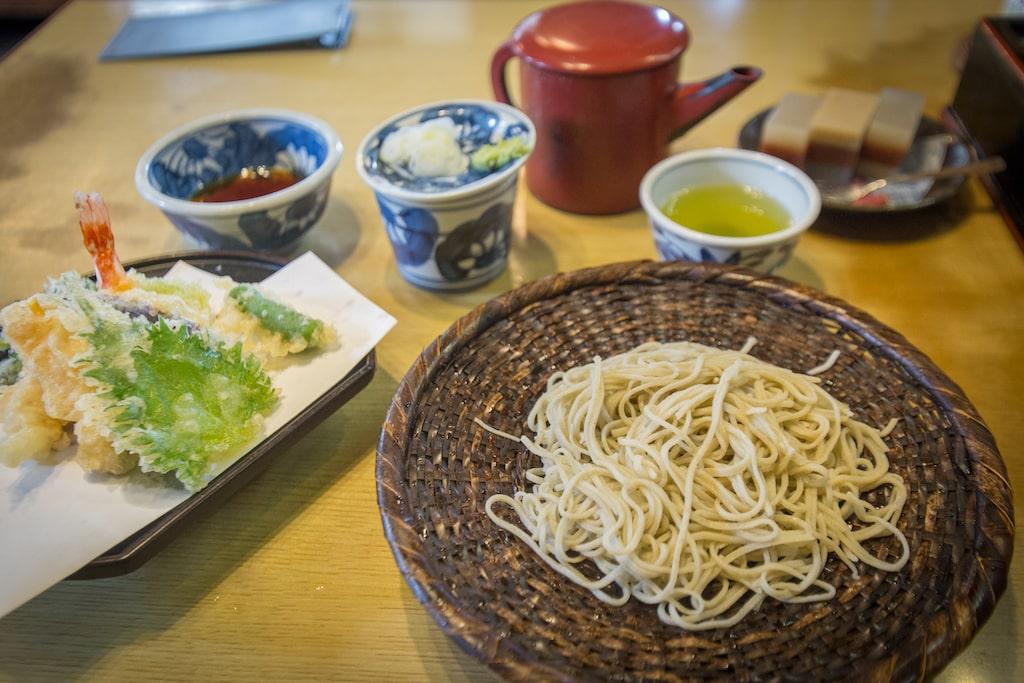 Menu de soba en el restaurante Yusui